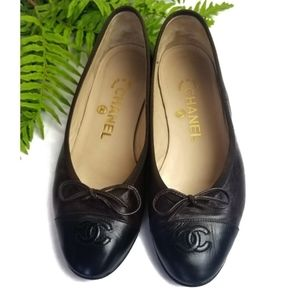 CHANEL Ballerina Black Brown Flats with bow